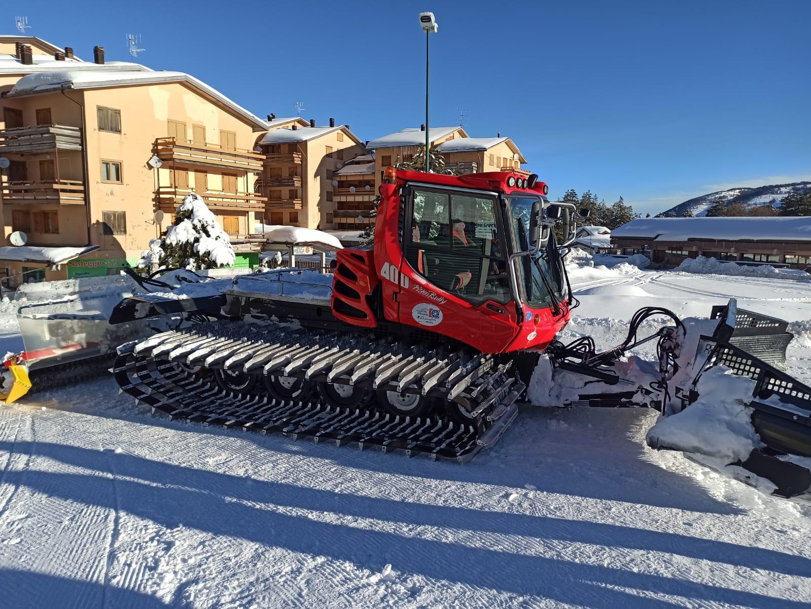 Previsto per domani il trasporto di un gatto delle nevi degli Impianti Monte Magnola sul luogo di ricerca dei dispersi