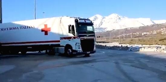 Partono dall'Interporto di Avezzano gli aiuti della Croce Rossa per i migranti in Bosnia