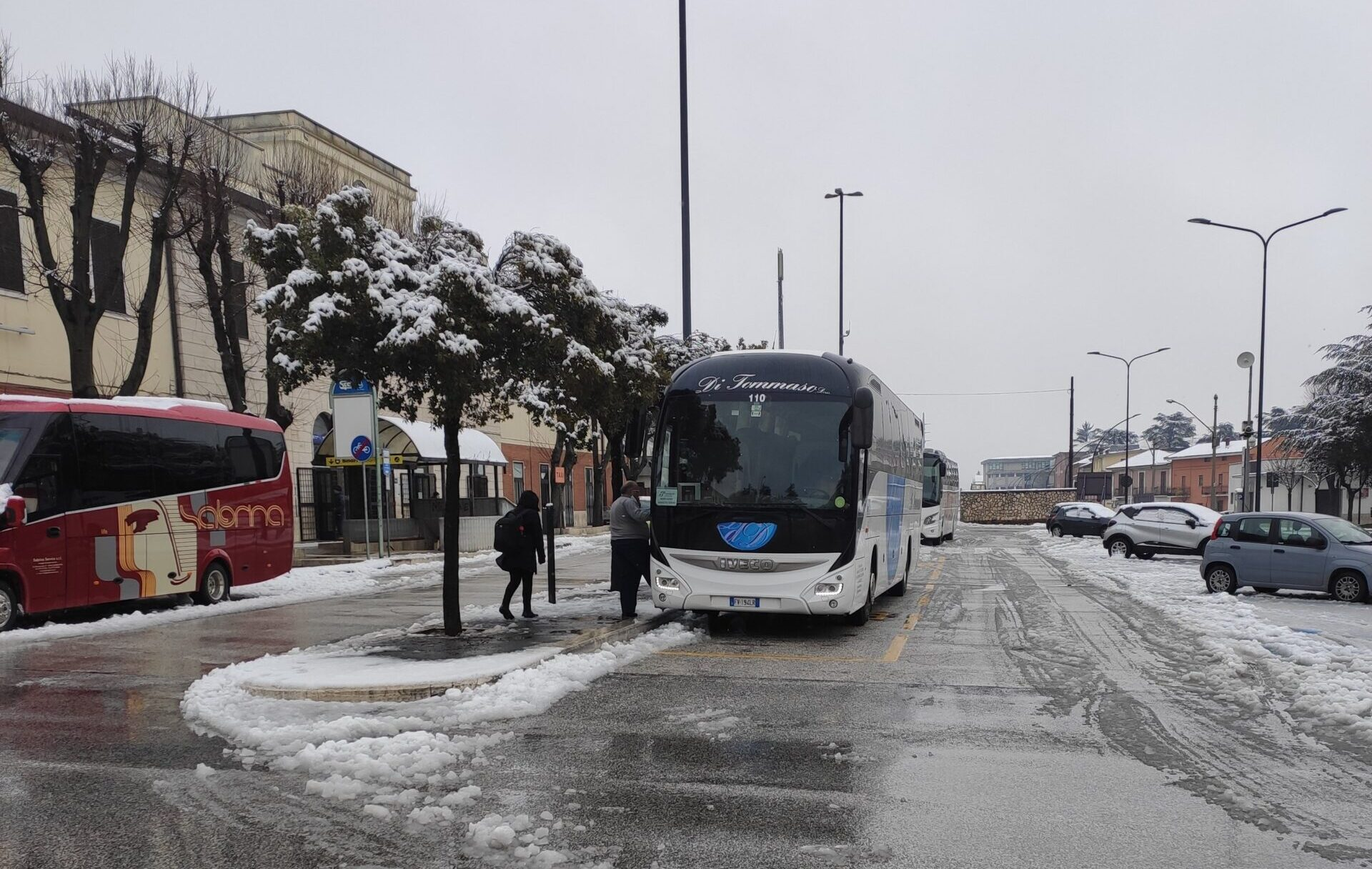 Il maltempo manda la linea ferroviaria in tilt, bus sostitutivi da Avezzano a Tivoli