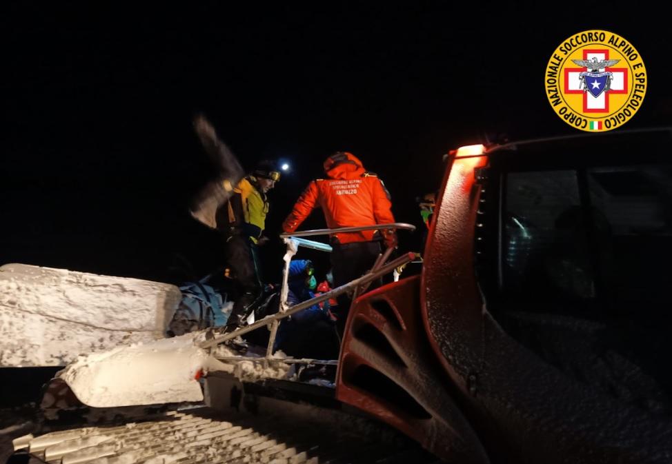 Fanno snowboard ma restano bloccati, cinque giovani sciatori recuperati dal Soccorro Alpino e dalla Guardia di Finanza