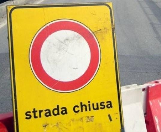 Meta, interrotta temporaneamente la circolazione in Via Campo Sportivo per pericolo valanghe