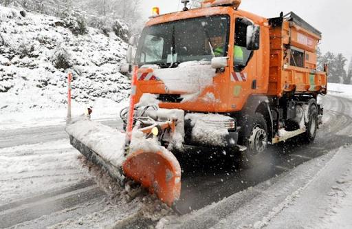 Mezzi in azione, attivato il piano neve ad Avezzano