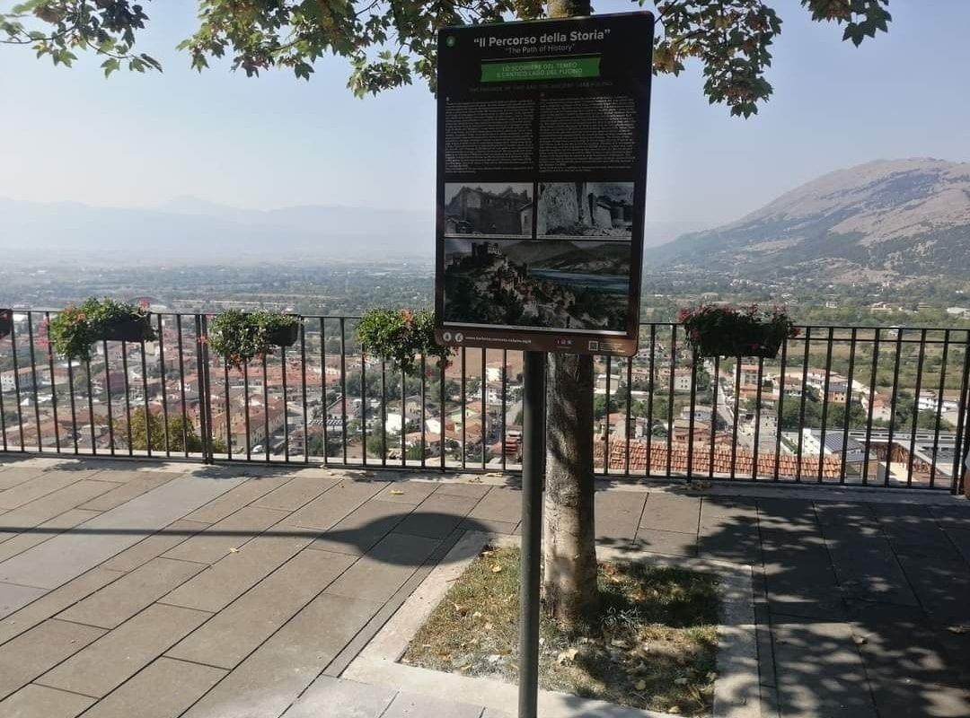 Celano, installati pannelli turistico-informativi intorno al castello Piccolomini