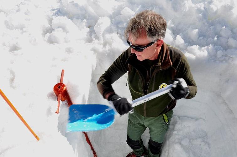 Ricerche dei 4 escursionisti: si studia il manto nevoso per mettere in sicurezza l'area