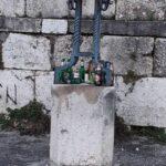Birre à gogo, assembramenti e degrado nei pressi della colleggiata di San Bartolomeo ad Avezzano