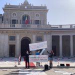 """L'Aquila, lavoratori in piazza: """"tornare a lavorare """"in sicurezza"""""""""""