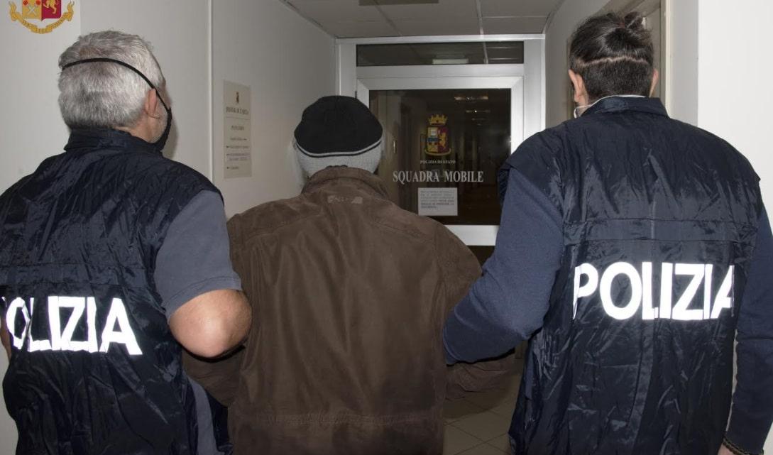 Arrestato per rapina un trentacinquenne a Carsoli