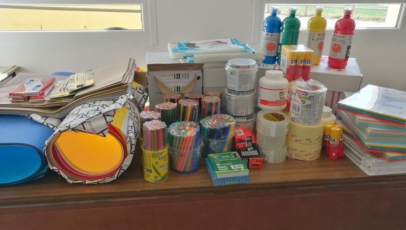 Il Comune di Aielli dona materiale didattico ai bambini della scuola d'infanzia