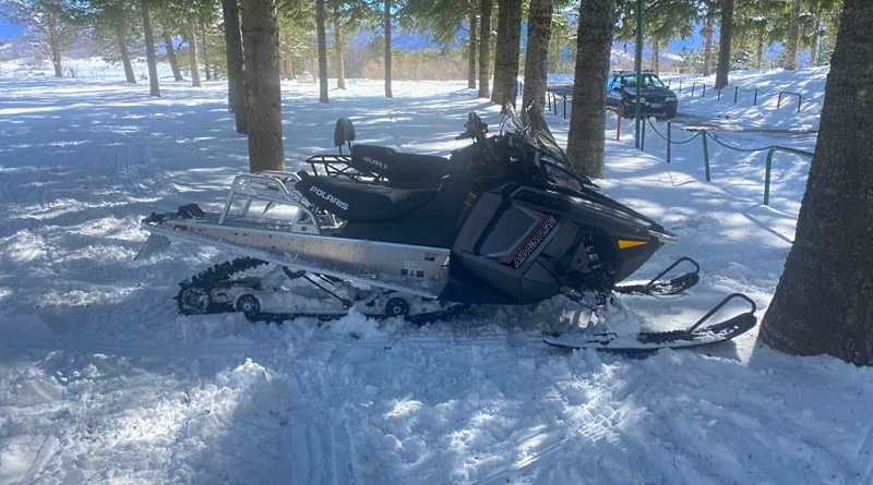 Si divertivano sulla neve in motoslitta nel Parco Nazionale, fermate e sanzionate 3 persone