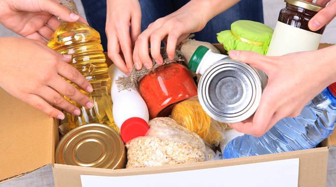 Celano, Continua l'iniziativa per la raccolta fondi dei beni alimentari relativa all'emergenza Covid-19.