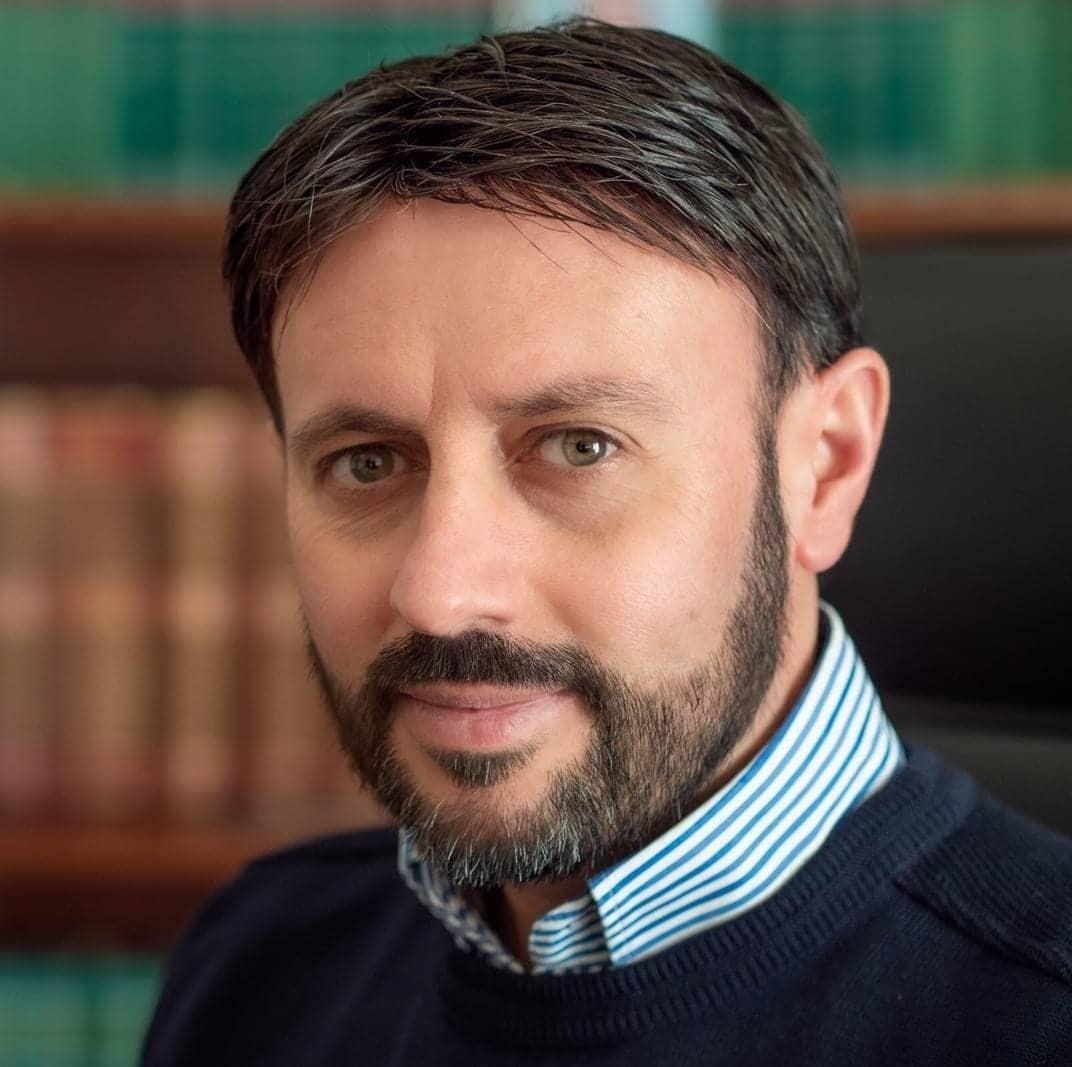 """Tifoso investito su via Roma, l'avvocato Terra: """"Ritengo non abbia violato alcuna norma del codice della strada"""""""