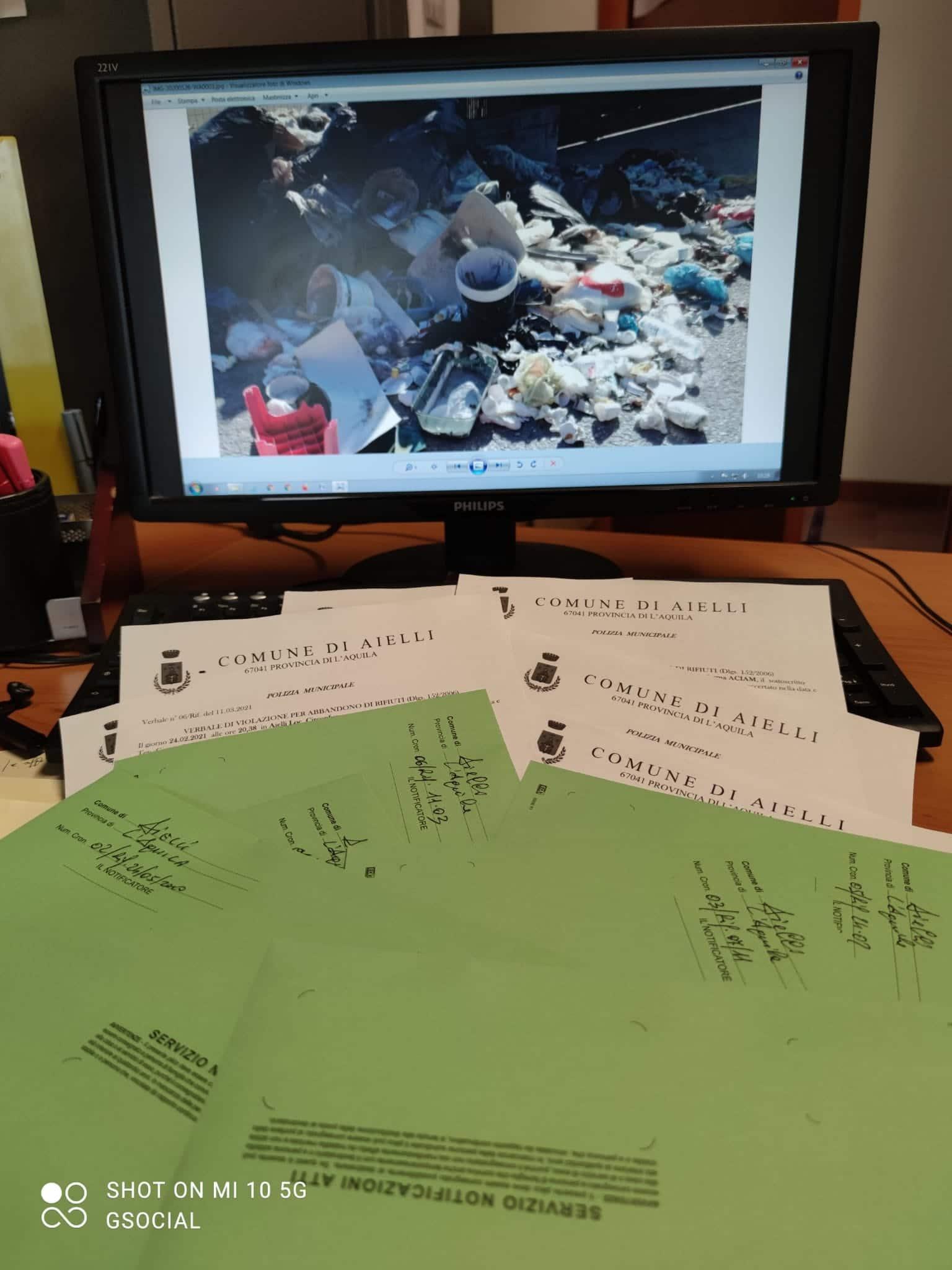 """Aielli, sanzioni da 600 euro per all'abbandono di rifiuti. Di Natale """"La prossima volta, se siete così incivili da non pensare al danno ambientale, penserete al proprio portafoglio"""""""