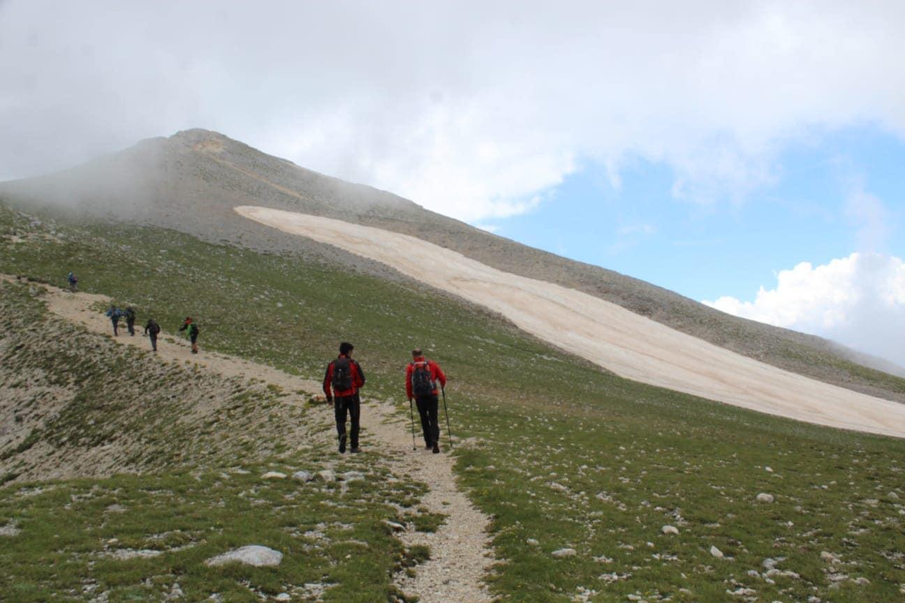 """C.A.I. Avezzano riprende l'attività escursionistica: """"Ricominciamo a camminare con un pezzo di cuore riservato ai nostri 4 amici, rinnovando l'abbraccio senza fine alle loro famiglie"""""""