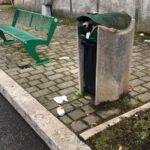 Gare di corsa con le macchine e rifiuti abbandonati in via Pace ad Avezzano, protesta dei residenti