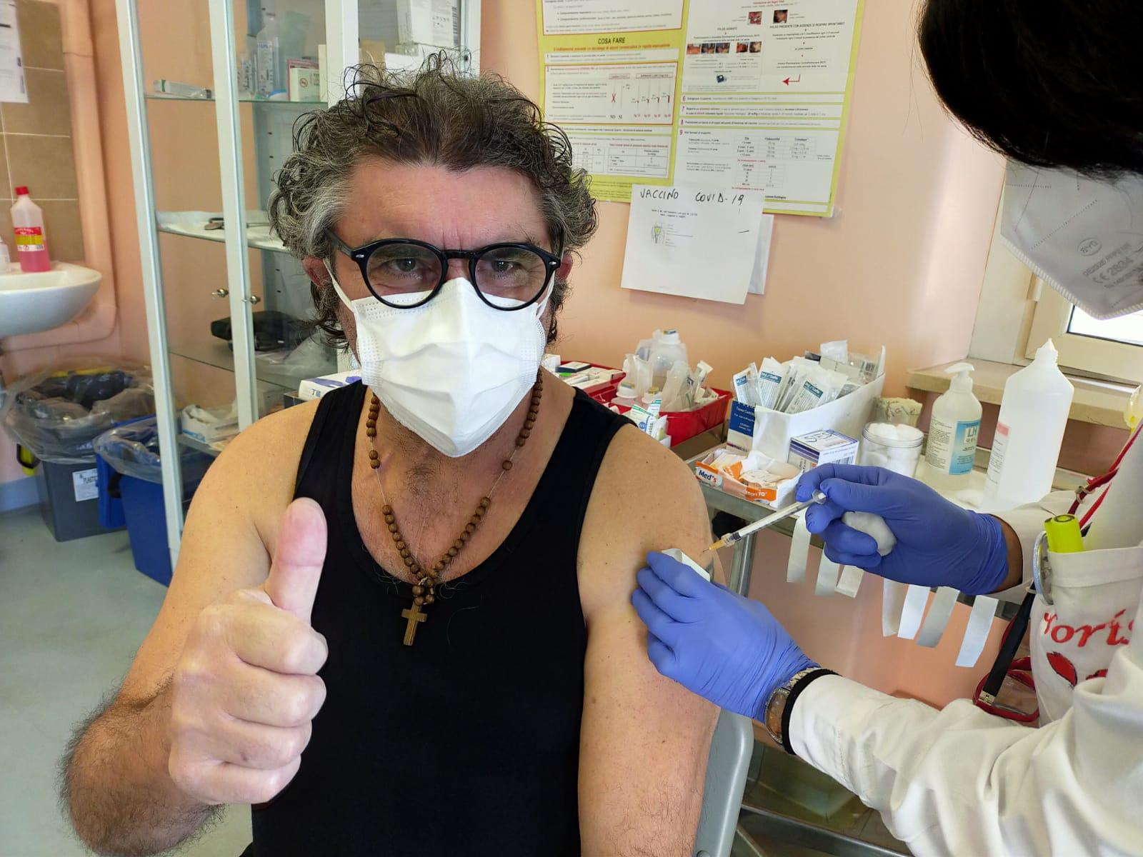 """Centro vaccino di Pescina, Giammarco De Vincentis: """"Qualcosa comincia a funzionare"""""""