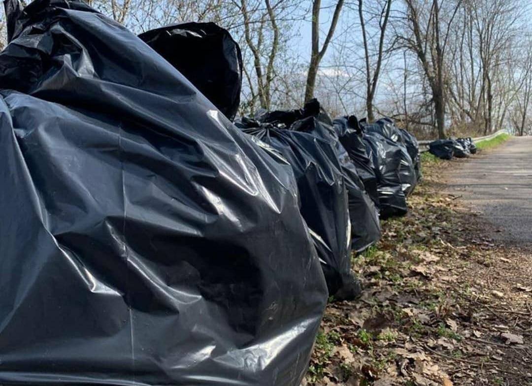 Giornate ecologiche a Roccavivi, riempiti in due giorni più di 70 bustoni