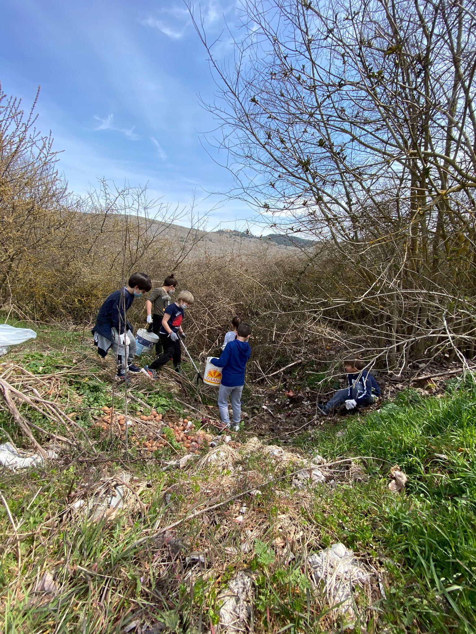 Giornata ecologica a Cese di Avezzano e la campagna torna a respirare