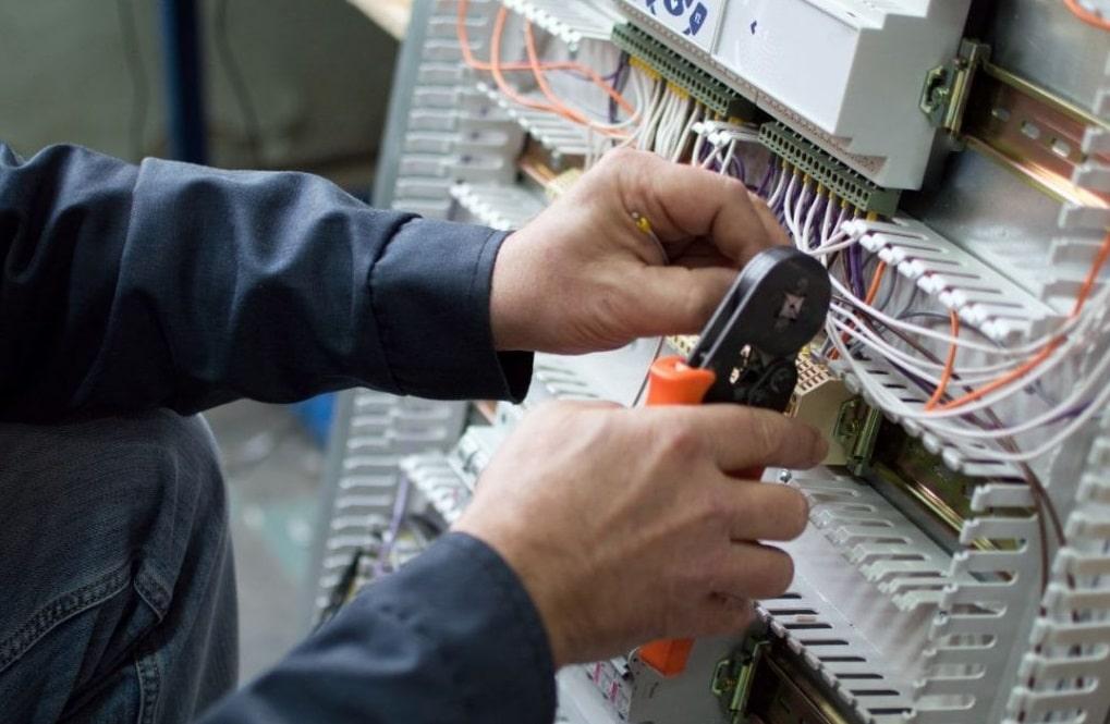 Confartigianato Avezzano, al via le nuove sessioni on line dei corsi di formazione settore impianti elettrici