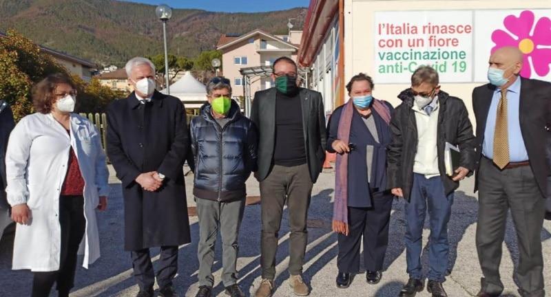 Ex asilo nido sede delle vaccinazioni a L'Aquila, si inizia con 500 somministrazioni al giorno