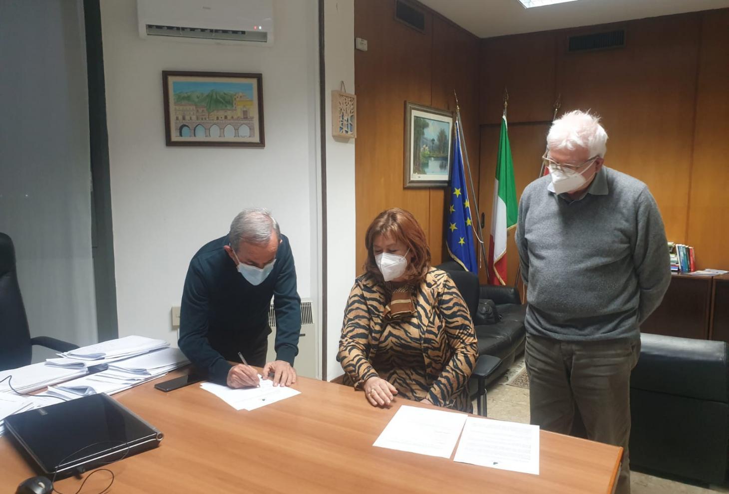 Vaccini in Abruzzo, sottoscritto accordo con medici di medicina generale