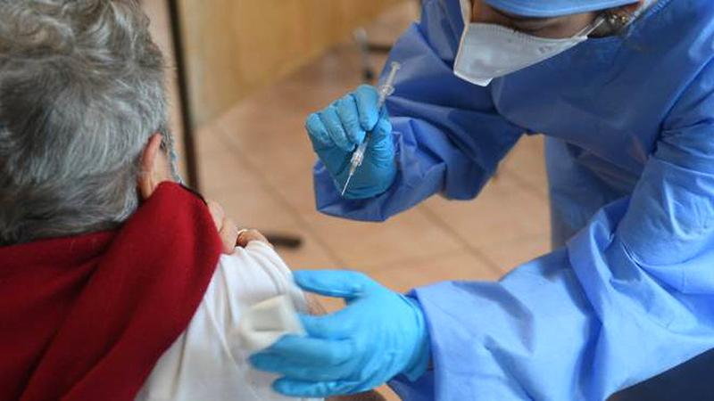 Punti vaccinali mobili per le fasce deboli e disagiate della Piana del Cavaliere