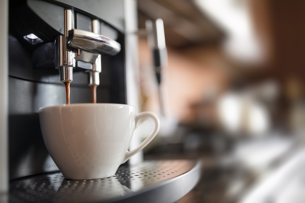 Macchina caffè a noleggio: cosa significa, quali sono i vantaggi e dove richiederla