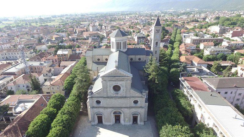 Domani Adorazione Eucaristica Vocazionale nella Cattedrale di Avezzano