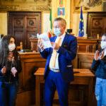 Ragazzi dell'azione cattolica in municipio. Tante domande al sindaco Di Pangrazio sul futuro della città