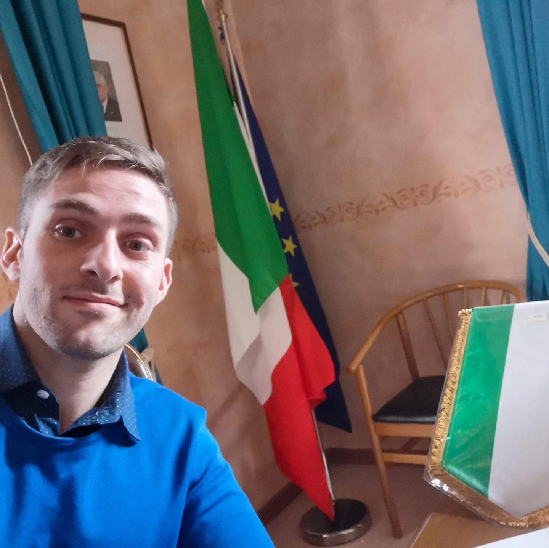 """PD Vs Simonelli, la replica del consigliere: """"Monetizzerò l'odio"""""""