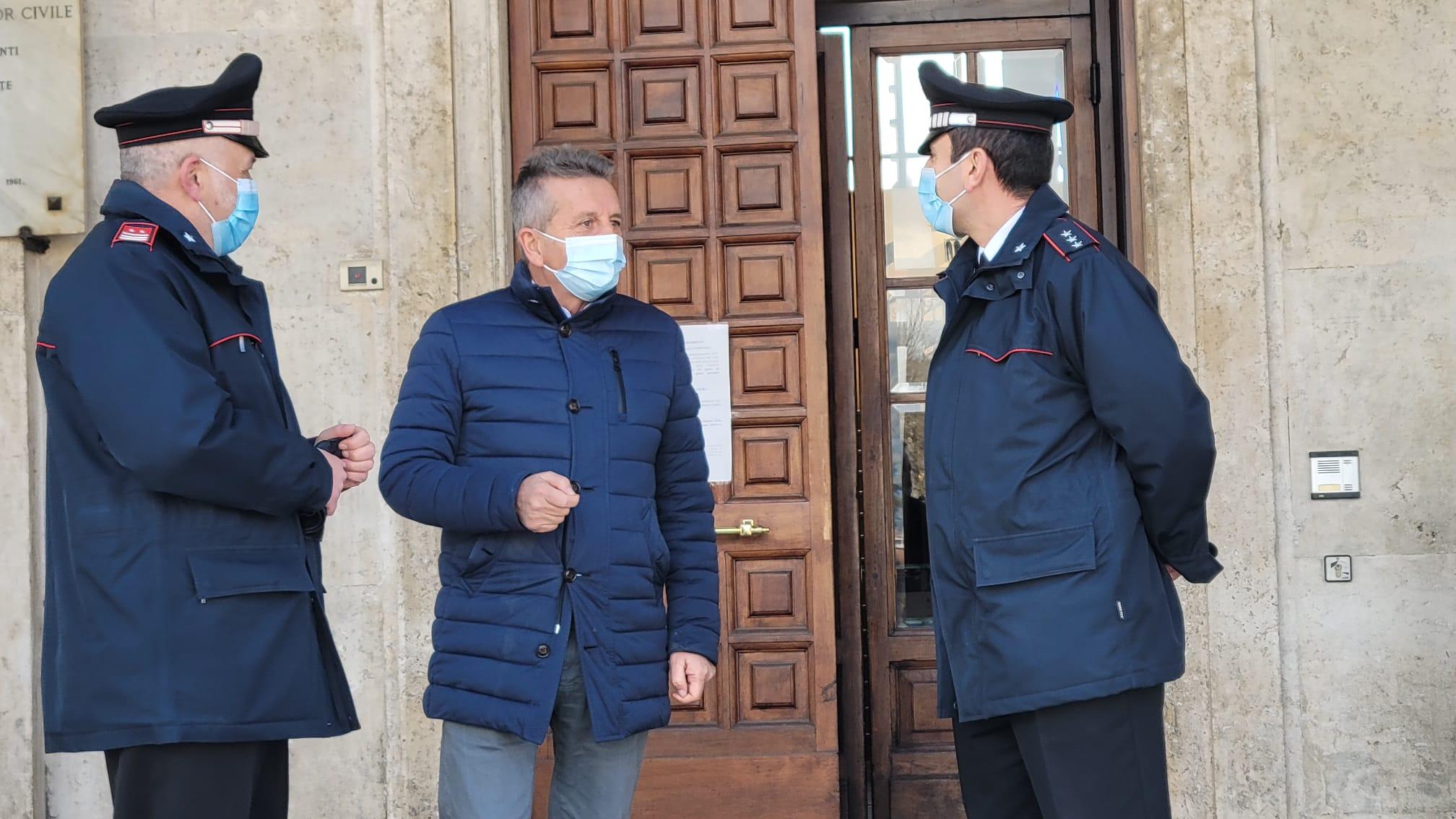 Vaccini, Comune di Avezzano e carabinieri in aiuto di over 70 e disabili
