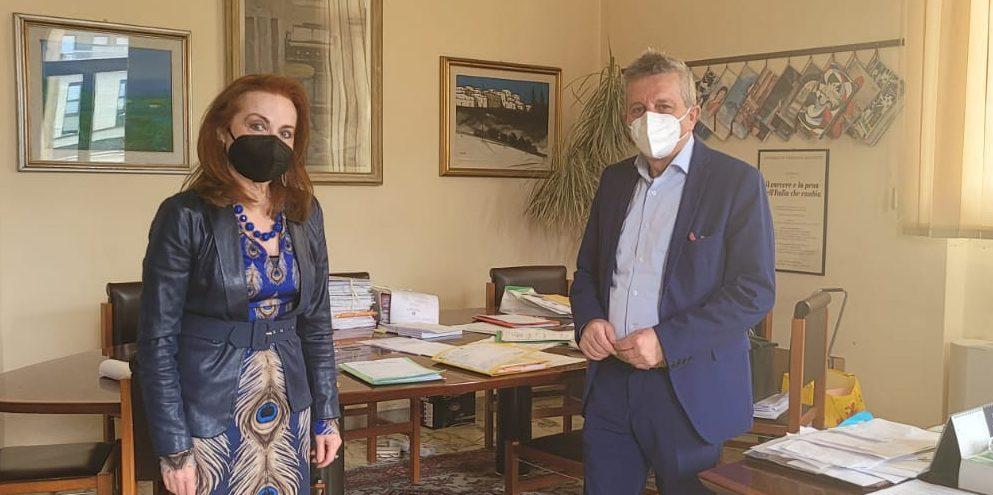 """Carenze personale, Comune pronto a """"supportare"""" il Tribunale. Di Pangrazio e presidente mettono in cantiere un progetto Puc"""