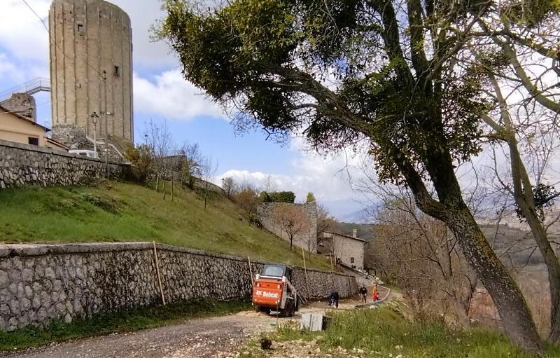 Inizia la rigenerazione di un nuovo angolo del borgo di Aielli