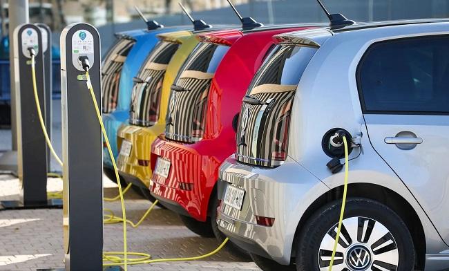 Bonus auto elettriche, decreto in arrivo
