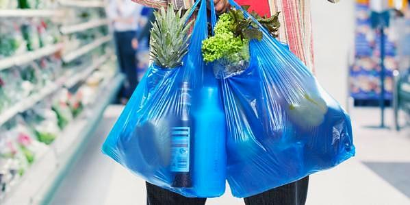 Raccolta differenziata. Avviso Segen: non conferire i sacchetti biodegradabili con la plastica