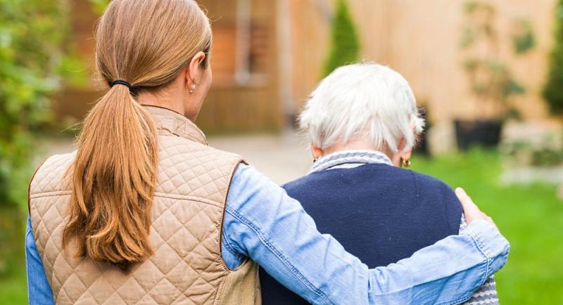 Vaccinazioni caregiver e familiari di persone vulnerabili: precisazioni per l'iscrizione sulla piattaforma regionale