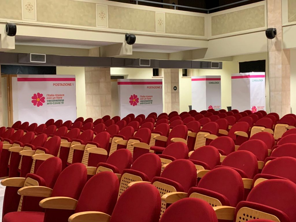 Domani 23 aprile e venerdì 30 di nuovo operativo il Centro Vaccini di Civitella Roveto
