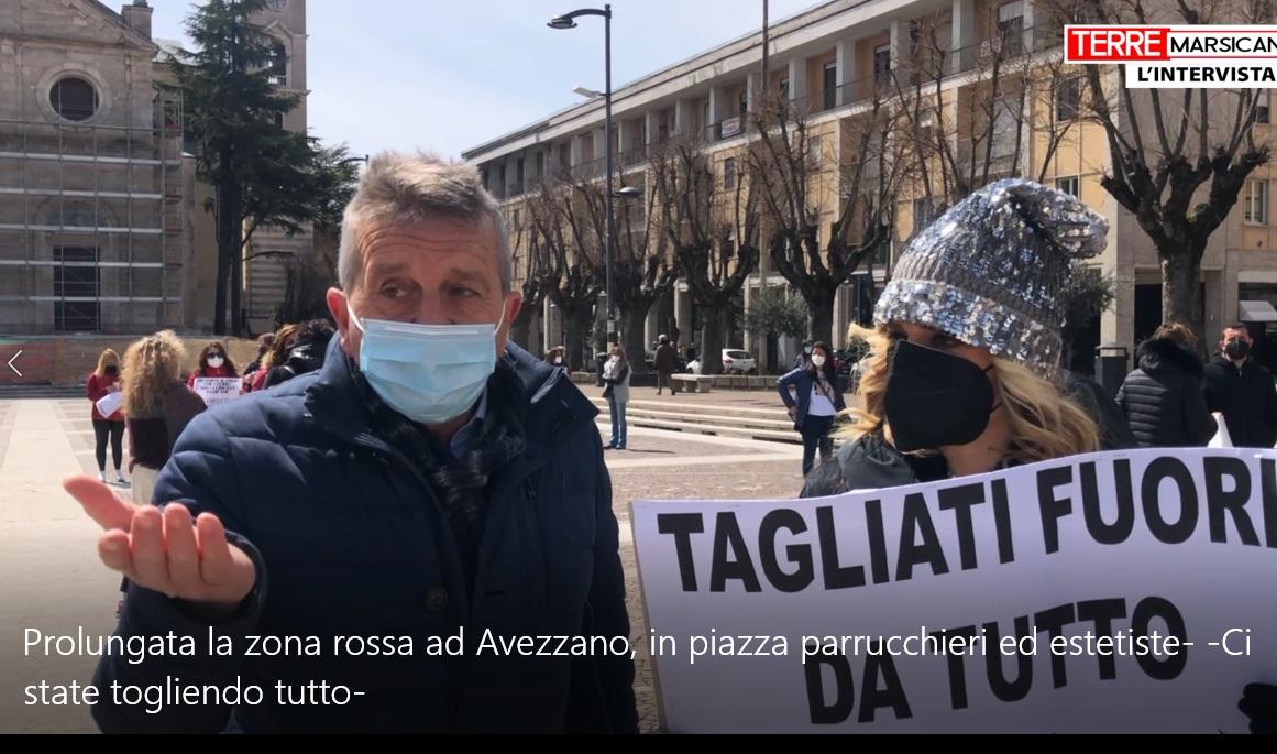 """Prolungata la zona rossa ad Avezzano, in piazza parrucchieri ed estetiste: """"Ci state togliendo tutto"""""""
