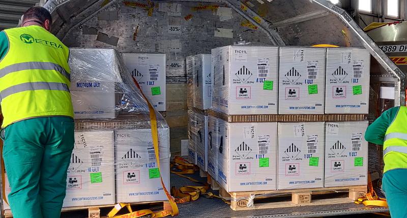 Iniziata la distribuzione alle Regioni di 1,5 milioni di vaccini Pfizer arrivati oggi