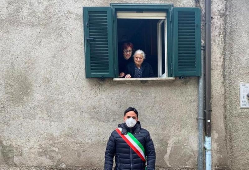Settimia D'Ortenzio compie 102 anni. Tutto il paese di Oricola le fa gli auguri