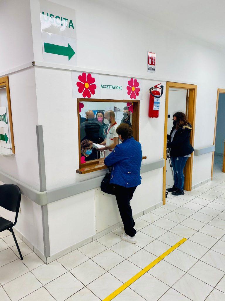 """In funzione il nuovo Centro per vaccinazioni Covid a Pescina: """"vi sarà un incremento del numero di vaccinazioni"""" (VIDEO)"""