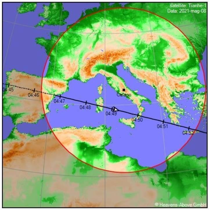 Fotografato il razzo cinese in caduta libera, l'Abruzzo una delle regioni a rischio
