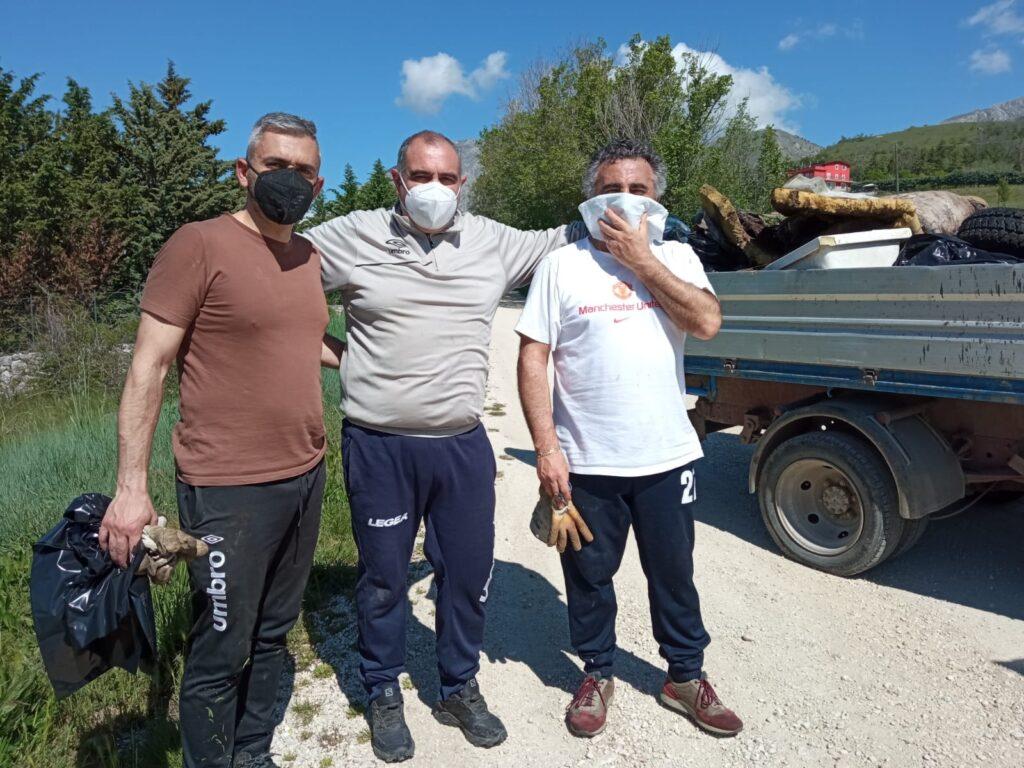 Quintali di rifiuti raccolti nelle campagne di Aielli durante la giornata ecologica