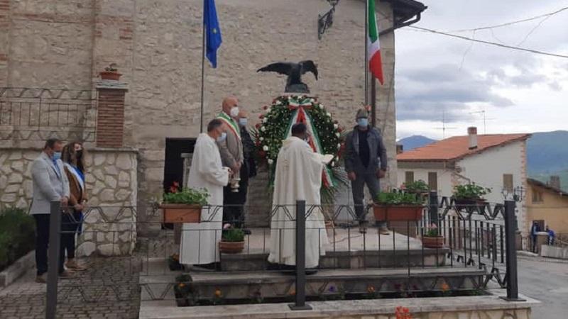 Deposta la corona al monumento dei caduti a Santo Stefano