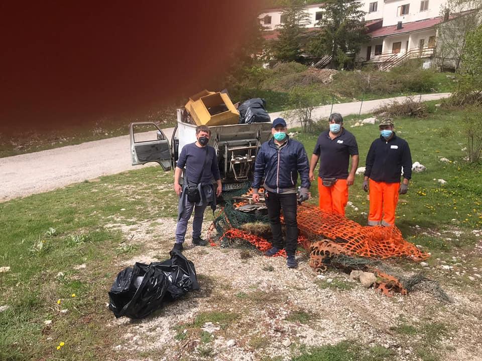 Giornata Ecologica a Camporotondo, raccolto un elevato quantitativo di rifiuti abbandonati