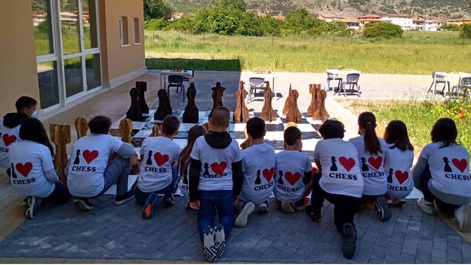 """Torneo di scacchi alla """"Collodi Marini"""" di Avezzano, il 10 giugno sfida finale"""
