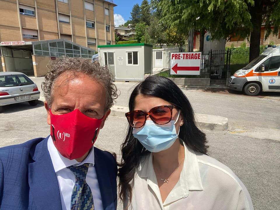 """""""¡hola Cristina!"""", il messaggio di Juan Antonio a Cristina Nucci. Lo studente Erasmus ora sta meglio"""