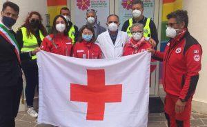 Consegnata al Sindaco di Pescina la bandiera della Croce Rossa Italiana