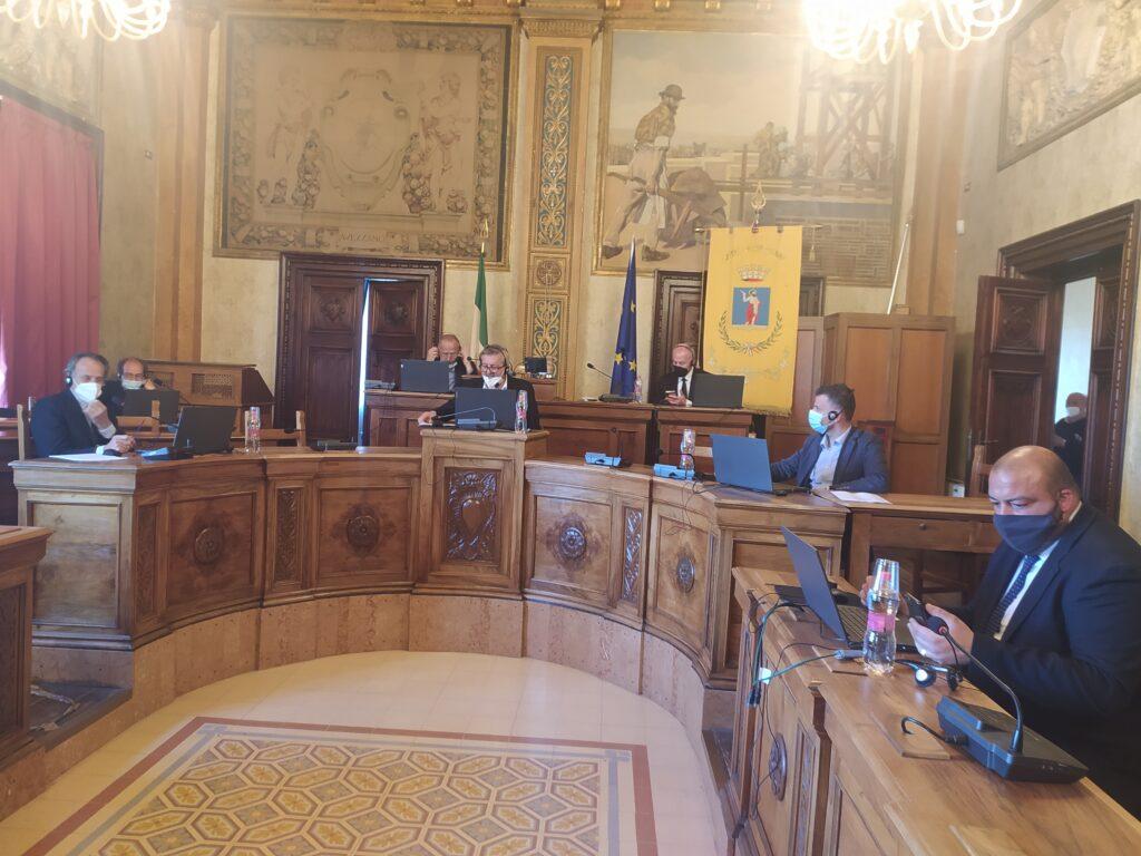 Tribunali: sindaci, province e avvocati chiamano in campo i parlamentari Il vertice con i deputati domani alle 19