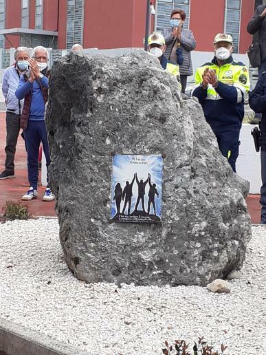 Tragedia del Velino, inaugurata la targa in ricordo dei quattro escursionisti