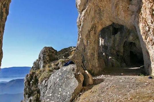 Riaperto il sentiero n. 4 del Monte Velino per la Grotta di S. Benedetto, ripristinate le condizioni di sicurezza